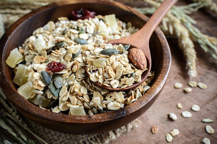 vitamin b3 ist in vollkorngetreide zu finden